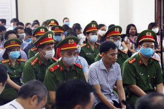Các bị cáo vụ gian lận điểm thi tại Hòa Bình bị đề nghị mức án nào?