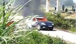 Hé lộ nguyên nhân xe chở cán bộ Sở Xây dựng ở Thanh Hóa cháy rụi giữa đường