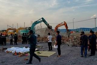 10 người chết trong vụ sập tường ở Đồng Nai đều không có hợp đồng lao động