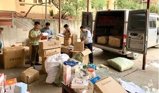 Phát hiện xe khách dùng biển giả, chở hàng lậu ở Lạng Sơn