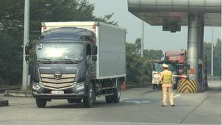 Dừng xe container kiểm tra, phát hiện tài xế dương tính với ma tuý