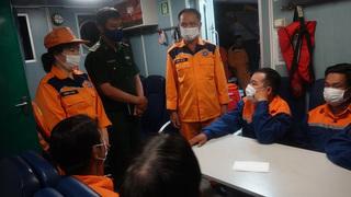 7 ngư dân được cứu kịp thời giữa tàu cá chìm nghỉm giữa biển