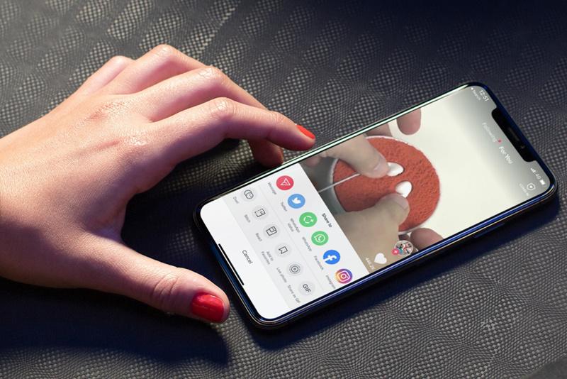 Hướng dẫn đặt video TikTok làm hình nền iPhone nhanh nhất