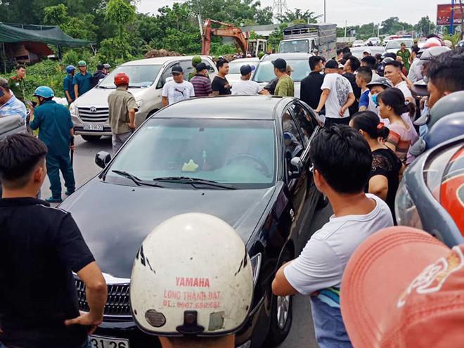 Sáng nay xét xử nhóm giang hồ vây xe chở công an ở Đồng Nai