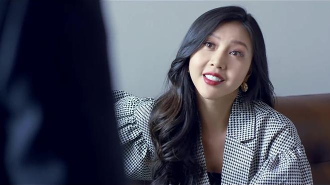 'Tình yêu và tham vọng' tập 17: Linh nghỉ việc ở Hoàng Thổ, người tình báo có thai với Phong