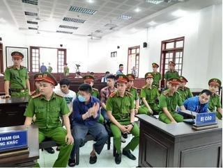Xét xử vụ giang hồ vây xe công an ở Đồng Nai: 2 trung tá Công an vắng mặt