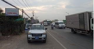 Công an truy tìm xe khách cán chết người rồi bỏ trốn ở Tiền Giang