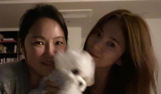 Song Hye Kyo tiếp tục gây sốt với mặt mộc trẻ trung ở tuổi 40
