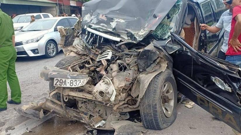 Nguyên nhân ban đầu vụ xe con đấu đầu xe tải, 5 người bị thương ở Nam Định