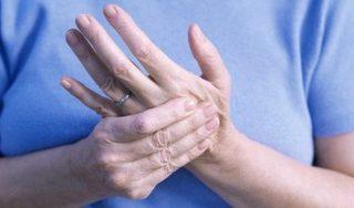 Mắc bệnh viêm xương khớp có nguy hiểm không?