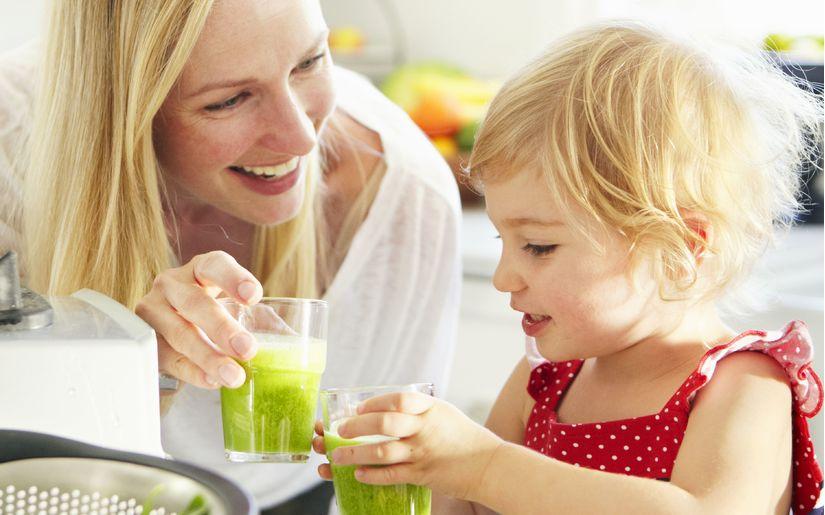6 mẹo giải nhiệt mùa hè giúp bé luôn khỏe mạnh mà cha mẹ nên biết