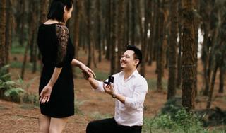 Sau 5 năm, Vũ Hạnh Nguyên được nhạc sĩ Nguyễn Đức Cường quỳ gối cầu hôn