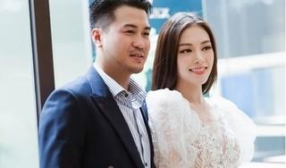 Sau hàn gắn tình cảm, Phillip Nguyễn khoe quà sinh nhật của Linh Rin?