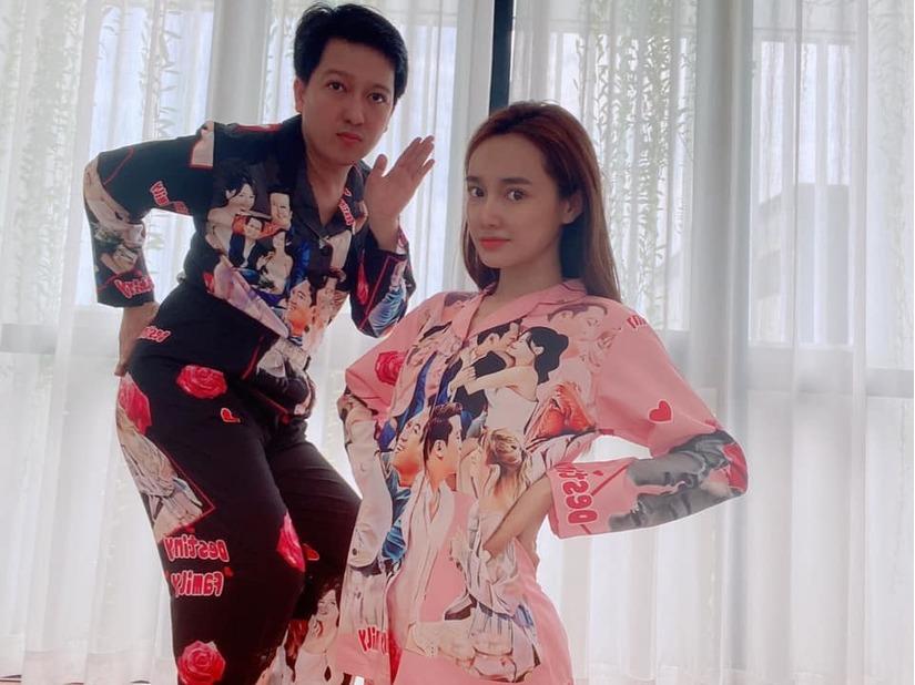 Nhã Phương diện pijama 'đặc biệt' mừng tuổi mới bên Trường Giang