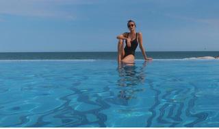 Tăng Thanh Hà tung ảnh bikini khoe thân hình gợi cảm