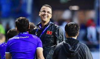 'Thế hệ hiện tại đủ khả năng làm được nhiều thứ vĩ đại cho bóng đá Việt Nam'