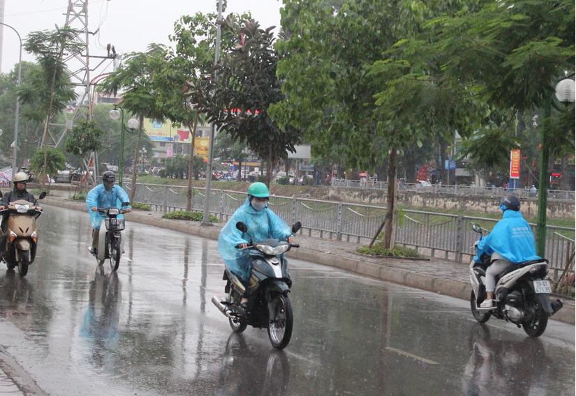 Tin tức thời tiết ngày 23/5/2020, Bắc Bộ có mưa dông trên diện rộng, Nam Bộ nắng nóng
