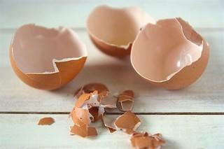Biết được những tác dụng bất ngờ của vỏ trứng, bạn sẽ không nỡ vứt đi