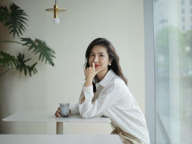 Vợ chủ tịch Taobao đăng ảnh mới 'trêu tức' tiểu tam Trương Đại Dịch