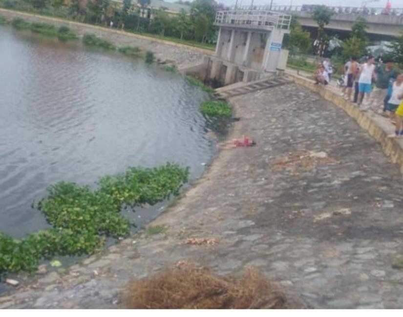Tìm thân nhân bé gái tử vong trên hồ điều hòa ở Nghệ An