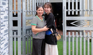 Quang Hải chính thức đưa bạn gái Huỳnh Anh về ra mắt mẹ