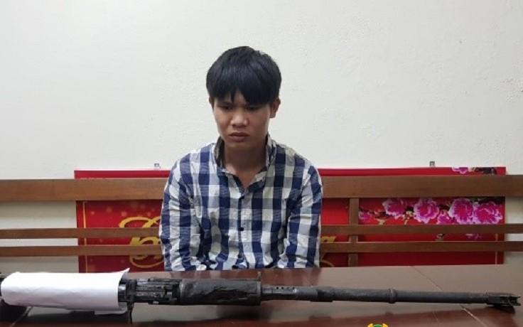 Lạng Sơn: Nhặt súng quân dụng, thanh niên mang bán để mua ma túy