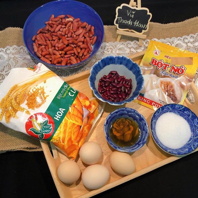 Cách làm bánh rán Đô-rê-mon xốp mềm, thơm ngon2
