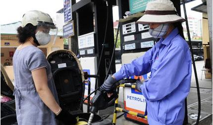 Giá xăng dầu hôm nay 26/5: Giá dầu thế giới tiếp đà tăng mạnh