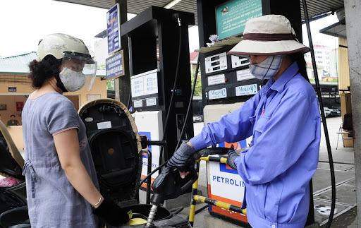 Giá xăng dầu hôm nay 26/5, giá dầu thế giới tiếp đà tăng mạnh