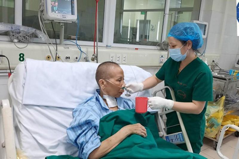 Bệnh nhân 19, một trong những bệnh nhân Covid-19 nặng nhất được công bố khỏi bệnh