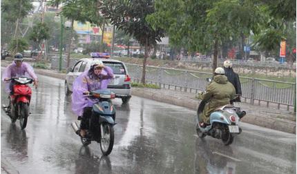 Tin tức thời tiết ngày 27/5/2020: Bắc Bộ có mưa dông, Nam Bộ nắng nóng