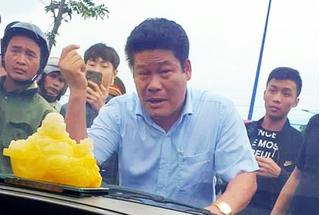 Người gọi giang hồ vây xe công an ở Đồng Nai bị truy tố thêm tội trốn thuế