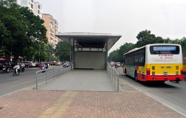 Hà Nội: Xây đồng bộ nhà chờ xe buýt đạt tiêu chuẩn châu Âu