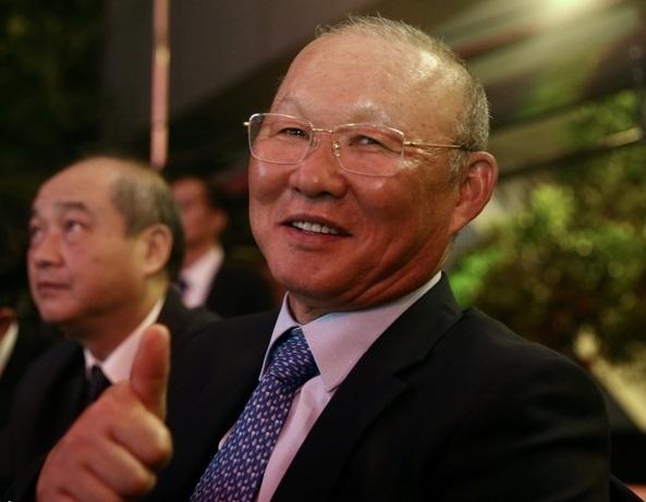 HLV Park Hang Seo từng trêu đùa Quang Hải nên nhường quả bóng vàng cho
