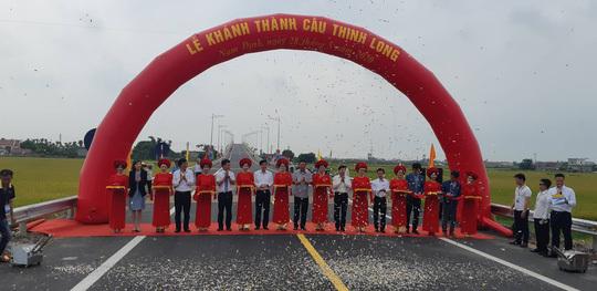 Đã chính thức thông xe cầu Thịnh Long, Nam Định trị giá nghìn tỷ
