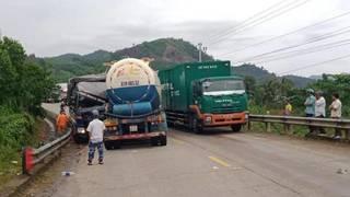 Tin tức tai nạn giao thông ngày 29/5: Tai nạn giữa xe bồn và xe tải trên  QL14B