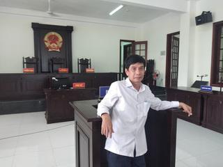 Người tông xe vào bị cáo tự tử ở Bình Phước không bằng lái nhưng vô tội?