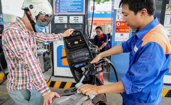 Giá xăng dầu hôm nay 31/5, giá dầu thế giới giảm nhẹ phiên cuối tuần