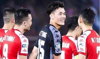 Quyết định 'sốc' của HLV Chung Hae Seong và màn 'đáp lễ' tuyệt vời của Bùi Tiến Dũng