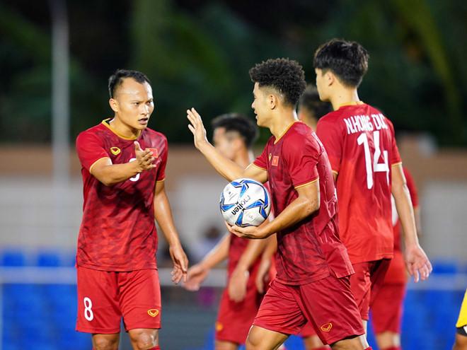 HLV Park Hang Seo nhận tin kém vui từ Đức Chinh, Trọng Hoàng