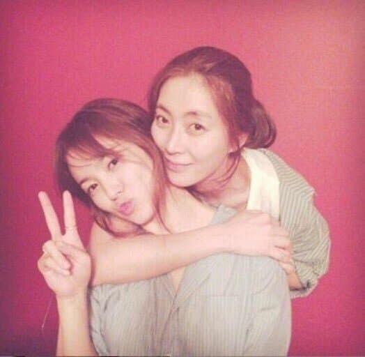 Đây là cách Song Hye Kyo phớt lờ tin đồn tái hợp tình cũ Hyun Bin