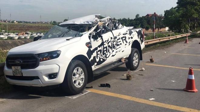 Kiểm tra chất kích thích tài xế vụ tai nạn xe bán tải làm 2 người tử vong