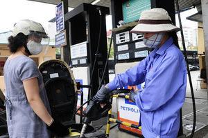 Giá xăng dầu hôm nay 2/6: Giá dầu thế giới tiếp tục giảm nhẹ