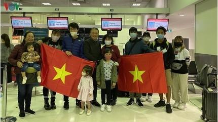 Đưa 344 công dân Việt Nam từ Australia, New Zealand về nước