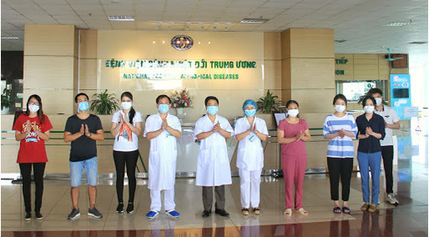 4 người nhiễm Covid-19 từ Nga về được công bố khỏi bệnh