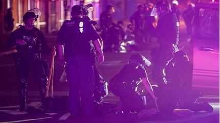 Một người biểu tình ở Mỹ tử vong vì trúng đạn của cảnh sát