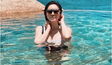 Bước sang tuổi 32, Bảo Thy tung ảnh bikini đẹp hút mắt trước biển