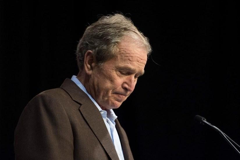 Cựu Tổng thống Bush ủng hộ biểu tình ở Mỹ