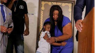 Những lời chia sẻ nghẹn đắng của vợ nạn nhân bị cảnh sát đè chết