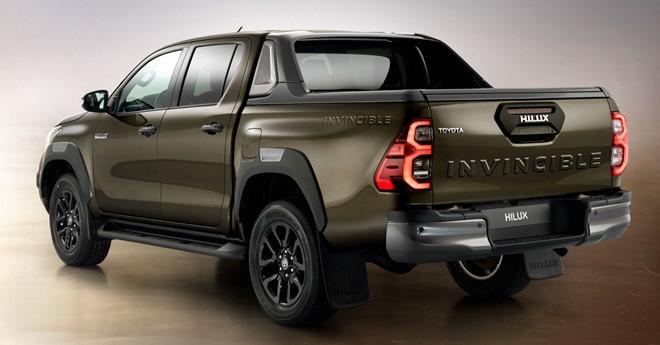 Toyota Hilux 2021 trình làng với nhiều nâng cấp ấn tượng